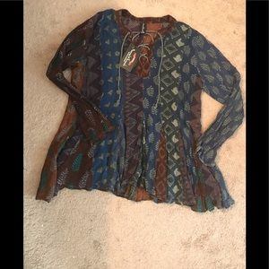 218-661 CL/GY 01 Sacred Threads L/XL Blouse